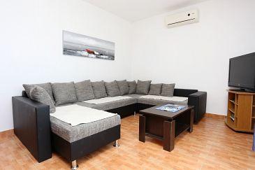 Kučište - Perna, Living room u smještaju tipa apartment, dostupna klima i WIFI.