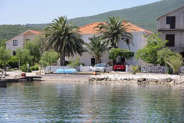 Property Sreser (Pelješac) - Accommodation 4560 - Apartments and Rooms near sea.