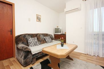 Orebić, Living room u smještaju tipa apartment, dostupna klima i WIFI.