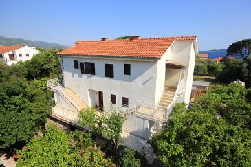 Orebić, Pelješac, Property 4582 - Apartments with pebble beach.