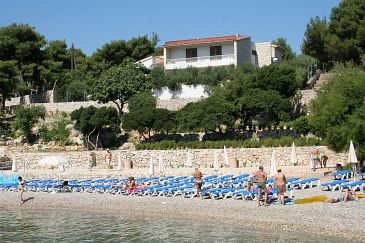 Property Hvar (Hvar) - Accommodation 4591 - Apartments near sea with pebble beach.