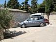Parking lot Hvar (Hvar) - Accommodation 4591 - Apartments near sea with pebble beach.