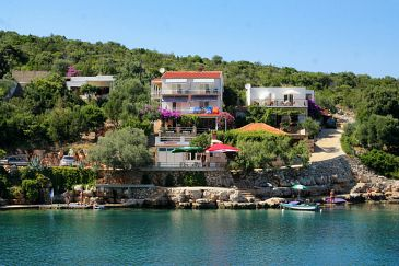 Property Uvala Zaraće (Hvar) - Accommodation 4598 - Apartments near sea.