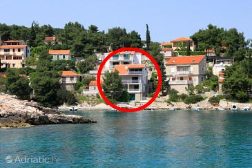 Property Basina (Hvar) - Accommodation 4599 - Apartments near sea.
