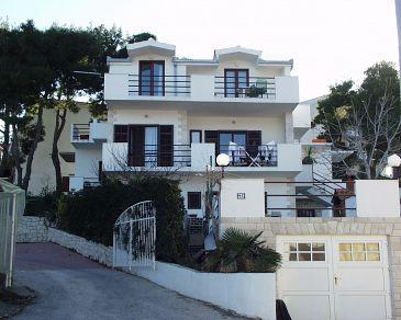 Obiekt Slatine (Čiovo) - Zakwaterowanie 460 - Apartamenty blisko morza ze żwirową plażą.