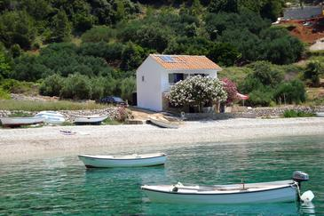 Property Uvala Skozanje (Hvar) - Accommodation 4624 - Apartments near sea with pebble beach.