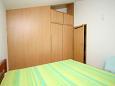 Bedroom 2 - Apartment A-4631-a - Apartments Uvala Smrska (Hvar) - 4631