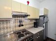 Kitchen - Apartment A-4632-c - Apartments and Rooms Duće (Omiš) - 4632