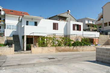 Property Hvar (Hvar) - Accommodation 4635 - Apartments with pebble beach.