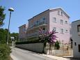 Property Vrboska (Hvar) - Accommodation 4639 - Apartments and Rooms near sea.