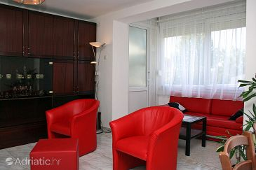 Apartment A-4641-a - Apartments Omiš (Omiš) - 4641