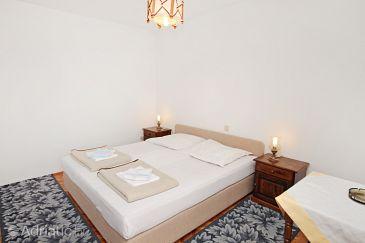 Room S-4665-b - Rooms Splitska (Brač) - 4665