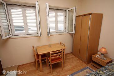 Dubrovnik, Dining room u smještaju tipa studio-apartment, dopusteni kucni ljubimci i WIFI.