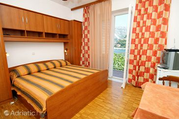 Room S-4704-c - Apartments and Rooms Dubrovnik (Dubrovnik) - 4704