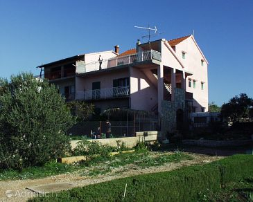 Property Solaris (Šibenik) - Accommodation 472 - Apartments with pebble beach.