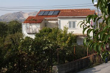 Property Srebreno (Dubrovnik) - Accommodation 4727 - Apartments and Rooms with pebble beach.
