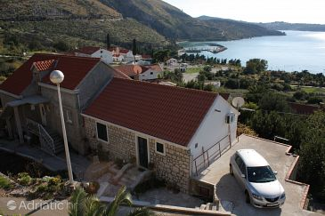 Property Plat (Dubrovnik) - Accommodation 4737 - Apartments with pebble beach.