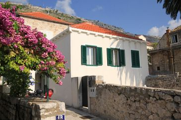 Property Dubrovnik (Dubrovnik) - Accommodation 4777 - Apartments with pebble beach.