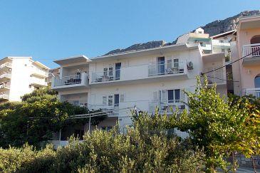 Duće, Omiš, Obiekt 4798 - Apartamenty przy morzu z piaszczystą plażą.