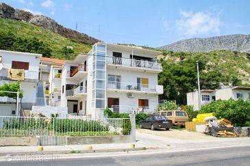 Property Duće (Omiš) - Accommodation 4804 - Apartments near sea with sandy beach.