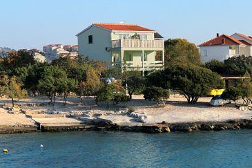 Property Rogoznica (Rogoznica) - Accommodation 4805 - Apartments near sea with pebble beach.