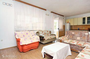 Apartment A-4811-a - Apartments Uvala Ljubljeva (Trogir) - 4811