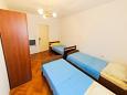 Bedroom 2 - Apartment A-4859-b - Apartments Podstrana (Split) - 4859