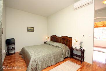 Room S-4869-d - Rooms Trogir (Trogir) - 4869