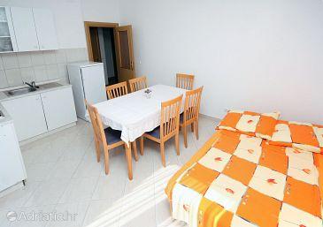 Apartment A-4870-d - Apartments Seget Vranjica (Trogir) - 4870