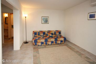 Krvavica, Living room u smještaju tipa apartment, dostupna klima i dopusteni kucni ljubimci.