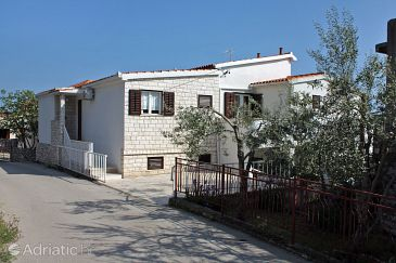 Property Seget Vranjica (Trogir) - Accommodation 4887 - Apartments near sea.