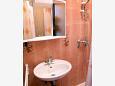 Supetarska Draga - Donja, Bathroom u smještaju tipa apartment, dopusteni kucni ljubimci i WIFI.