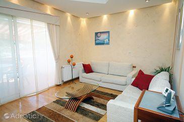 Supetarska Draga - Donja, Living room u smještaju tipa apartment, dopusteni kucni ljubimci i WIFI.