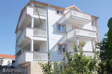 Property Murter (Murter) - Accommodation 5099 - Apartments with pebble beach.