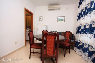 Apartment A-5115-b - Apartments Murter (Murter) - 5115