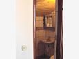 Jezera, Bathroom u smještaju tipa studio-apartment, dopusteni kucni ljubimci i WIFI.