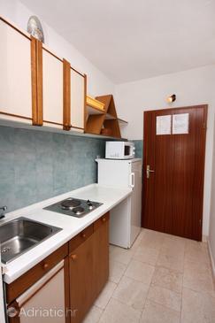 Studio flat AS-5154-a - Apartments Pisak (Omiš) - 5154