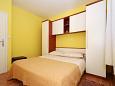 Bedroom 1 - Apartment A-5158-a - Apartments Slatine (Čiovo) - 5158