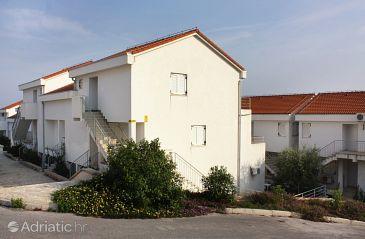 Property Nečujam (Šolta) - Accommodation 5172 - Apartments with pebble beach.
