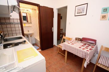 Studio flat AS-5180-a - Apartments Maslinica (Šolta) - 5180
