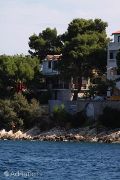 Property Stomorska (Šolta) - Accommodation 5190 - Apartments near sea.