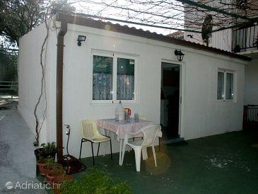 Podgora, Makarska, Property 520 - Apartments blizu mora with pebble beach.