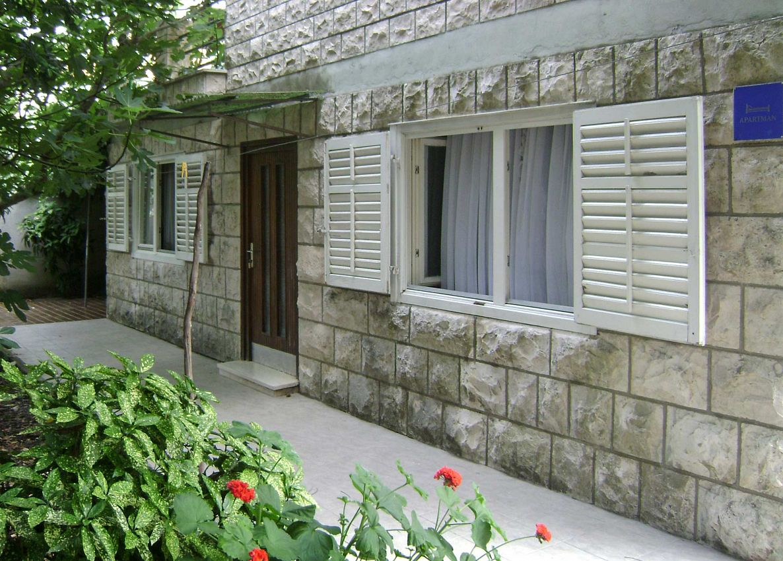 Apartmán na pláži v meste Žrnovska Banja - 5203