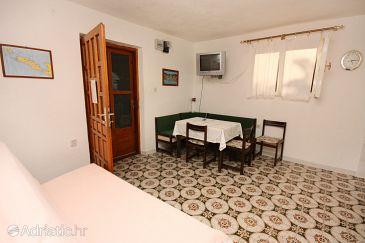 House K-5213 - Vacation Rentals Maslinica (Šolta) - 5213