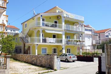 Property Vodice (Vodice) - Accommodation 5237 - Apartments with pebble beach.