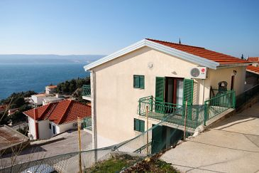 Property Mimice (Omiš) - Accommodation 5251 - Apartments with pebble beach.