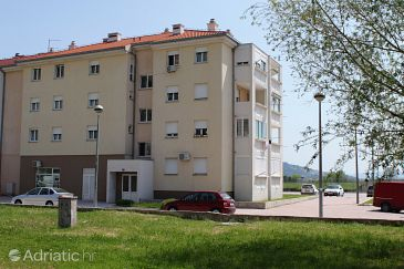 Property Omiš (Omiš) - Accommodation 5279 - Apartments with sandy beach.
