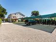Parking Sveti Anton (Krk) - Zakwaterowanie 5291 - Apartamenty w Chorwacji.