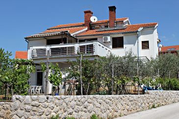 Property Krk (Krk) - Accommodation 5294 - Apartments and Rooms with pebble beach.