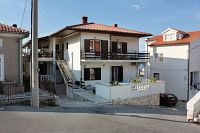 Apartments and rooms with parking space Vrbnik (Krk) - 5301